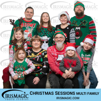 Christmas pictures | Sessions in Studio for multi family | IrisMagic Photo Studios