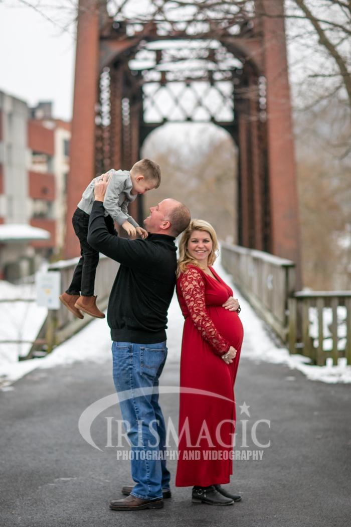 WV Maternity Photographer